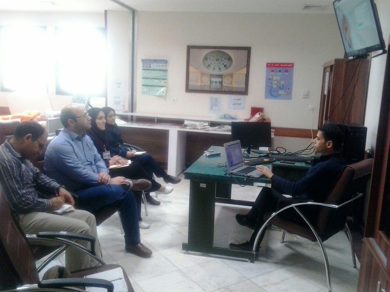 تصویر از برگزاری کلاس آموزشی برنامه نوبت دهی مرکز آموزشی درمانی ۹ دی منظریه
