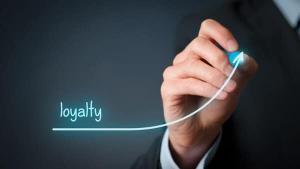 رابطه کیفیت خدمات درمانی پزشک و وفاداری بیمار