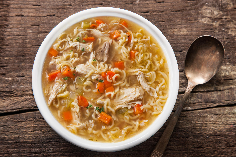 درمان سرماخوردگی با سوپ مرغ